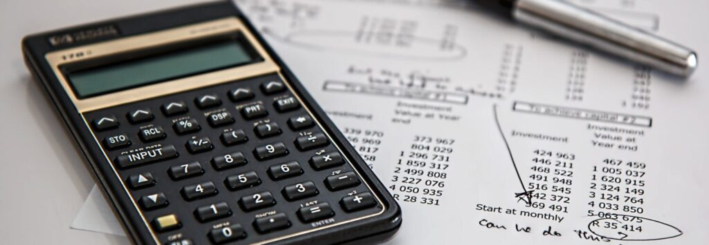 Variances and Similarities Between Accounting and Bookkeeping 1